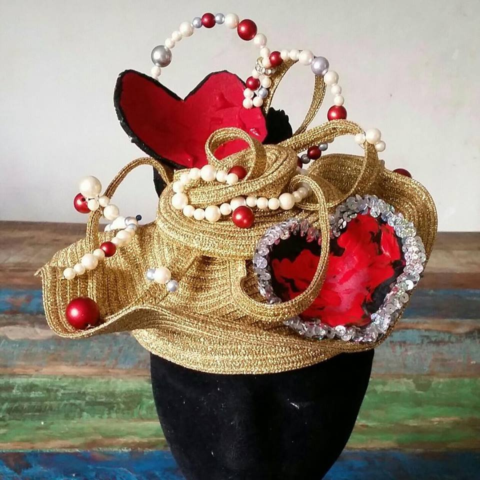 The Queens of Heart 's crown in progress...