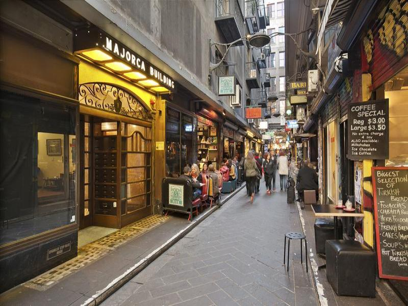 Melbourne laneways.jpg