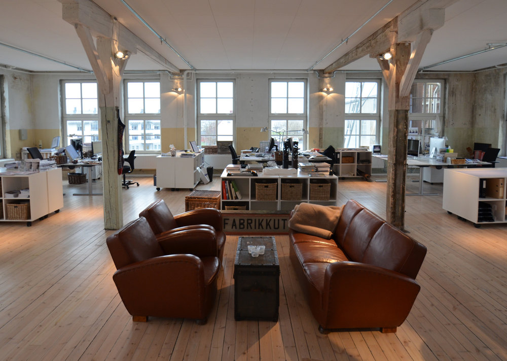 Devoldfabrikken - Old and rustic factory, transformed into a modern area with shops, cafes and museums - Industrial design and cosy office by GARDE. Mads Emil Garde