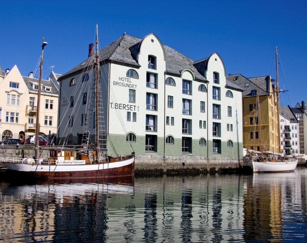 GARDE. Mads Emil Garde Design Restaurant Hotel Brosundet Ålesund Norway