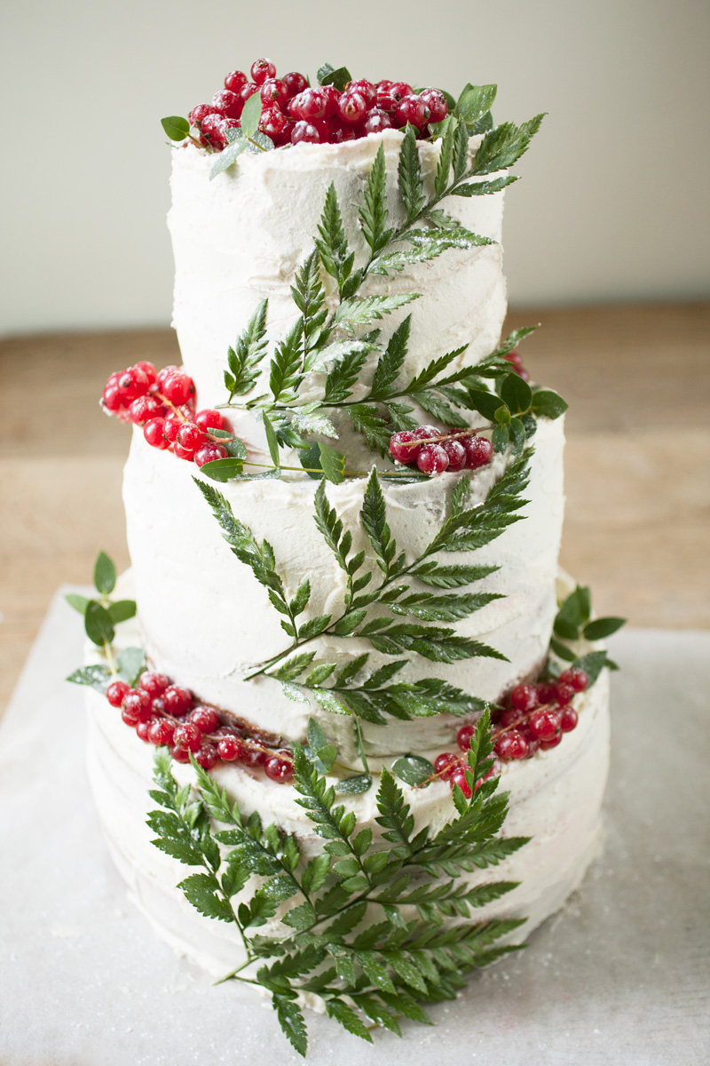 9-planted-wedding-cake.jpg