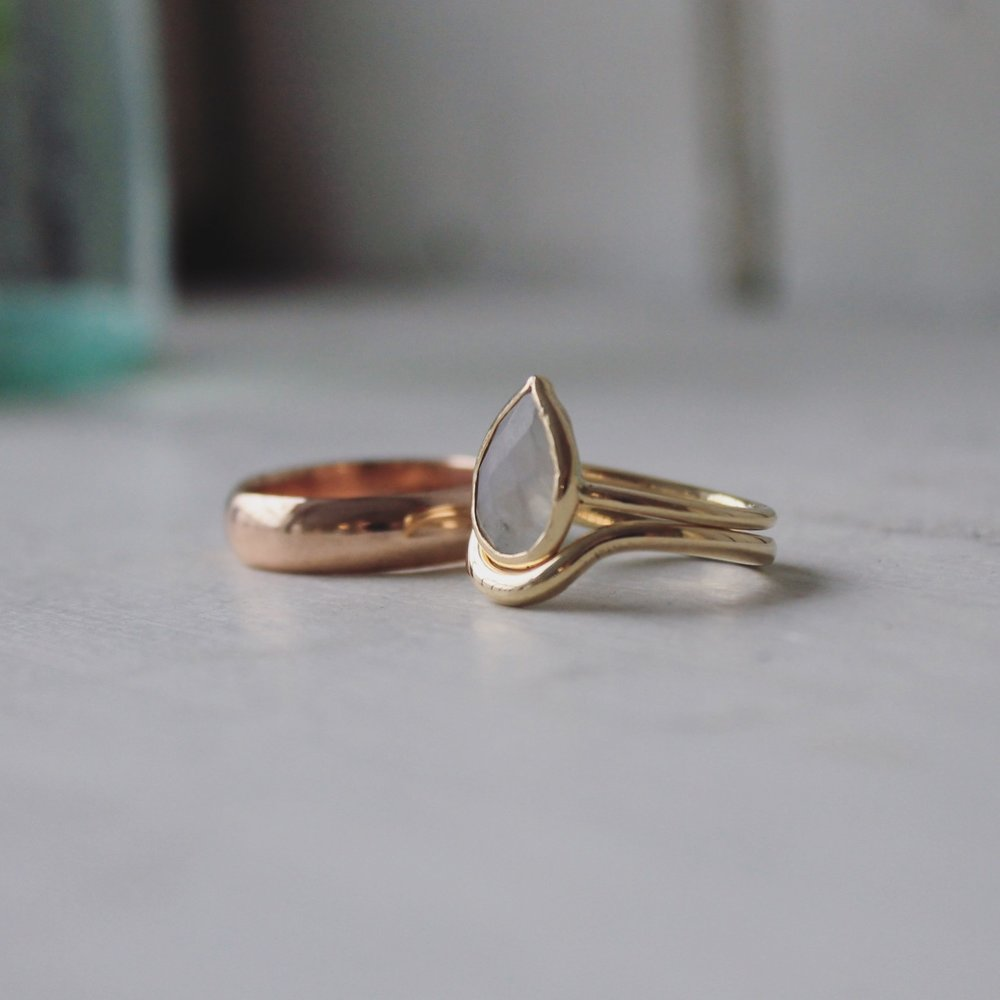 Make-your-own-wedding-ringsshaped- wedding-band .JPG