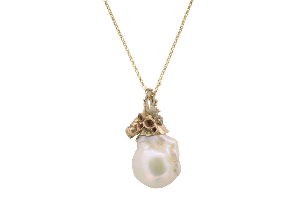 Golden pearl and rough diamond pendant.jpg