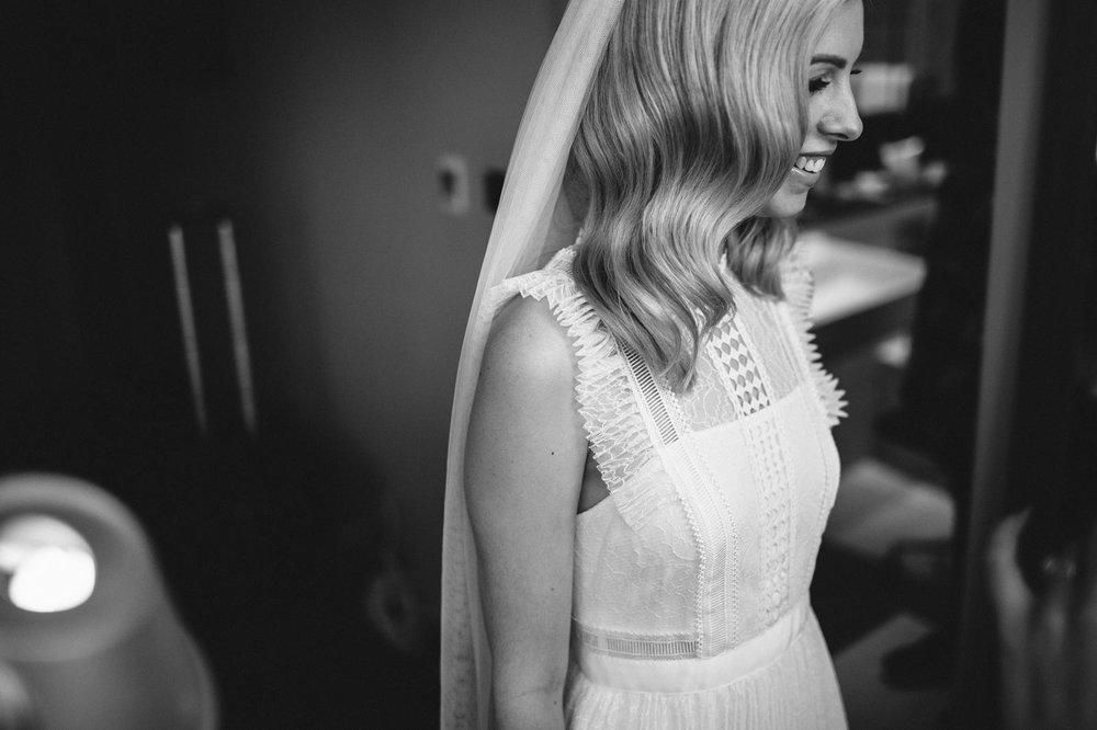 Portraits Cool Bridal Hair and Make-Up13.jpg