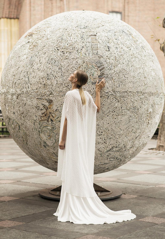 Andrea Hawkes Minimalist bridal3.jpg