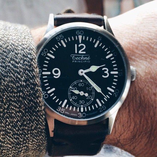 Make it your own!⠀ ⠀ Techné Merlin 246 on an aftermarket brown leather strap with safety stitching, matched by @dereknobbs with a tweed odd jacket.⠀ ⠀ #regram #dapper #suit #gentleman #bespoke #mensfashionpost #fashionformen #mensweardaily #sartorial #gentlemanstyle #tailored #dapperman #esquire #gentlemenstyle #watches #watchfam #timepiece #watchnerd #reloj #orologio #montres #watchdaily #orologi #uhren #watchesformen #wwc #ablogtowatch #wristwatchcheck #microbrand #technewatches