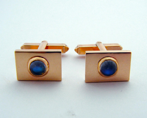 9ct moonstone cufflinks.jpg