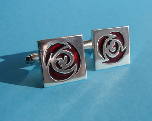 labour cufflinks.jpg