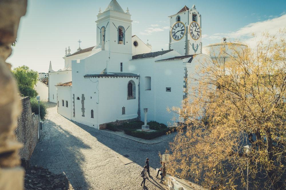 Tavira Roman Bridge. Old town Tavira. Street scene in Tavira. Algarve. (2).JPG