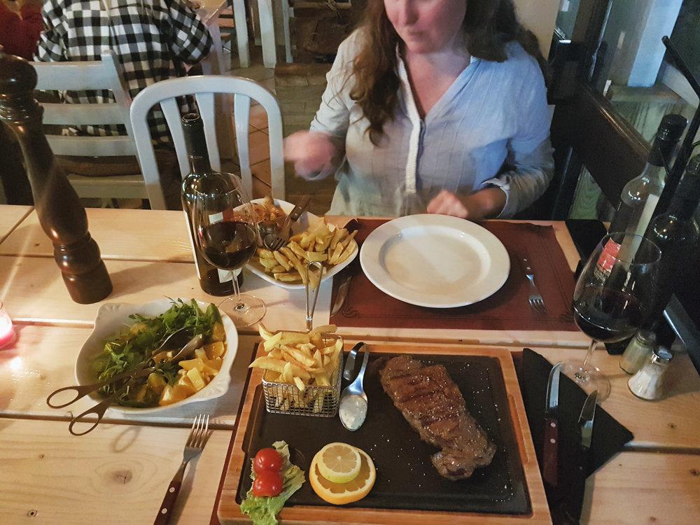monchique portugal restaurante luar da foia. good food in monchique. bull steak. BBQ grill.jpg