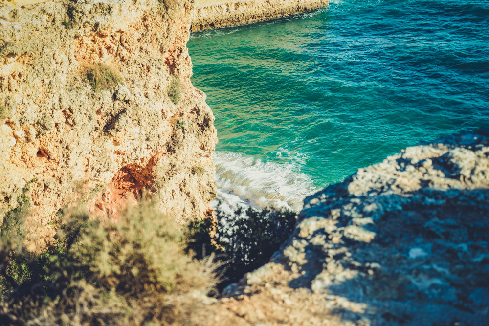 Marinha Beach. Seven Hanging Valleys Walk. portugal. algarve. beach. cliffs. tavel. caves. looking down to the beach.jpg