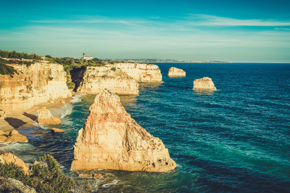 Marinha Beach. Seven Hanging Valleys Walk. portugal. algarve. beach. cliffs. tavel. caves. over looking the beach and the seastacks.jpg