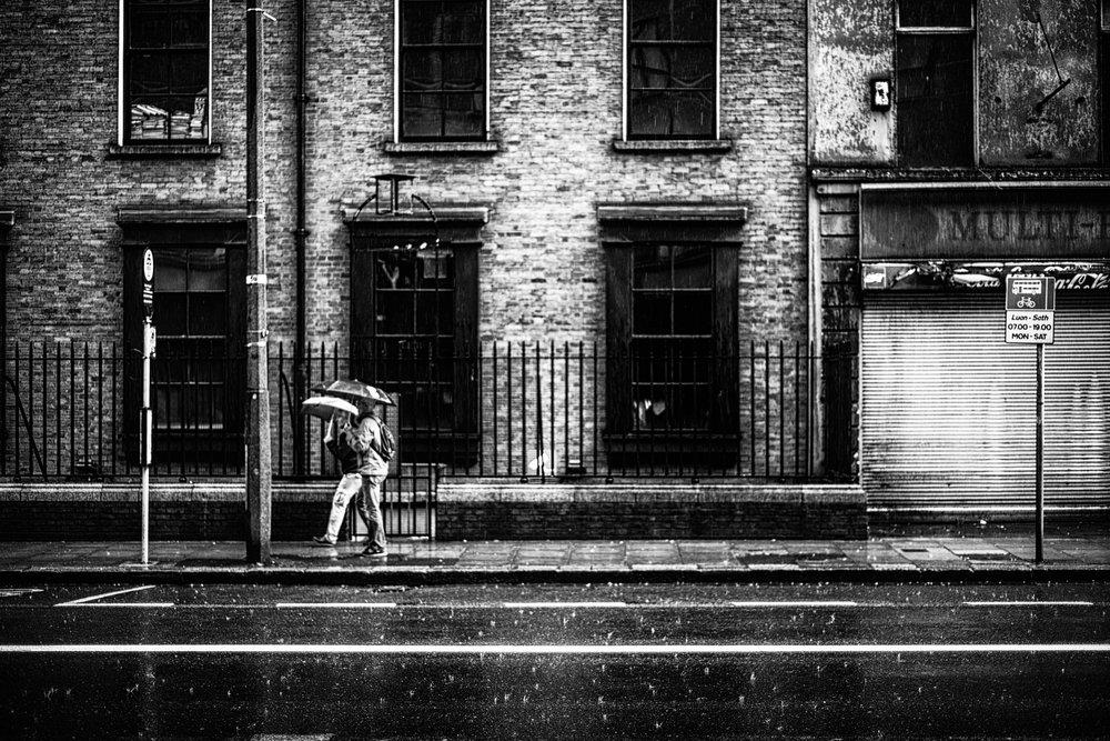 Dublin. Dublin city. street photography. ireland. travel. travel photography. photowalk. walking. people. street. art. rainy day.jpg