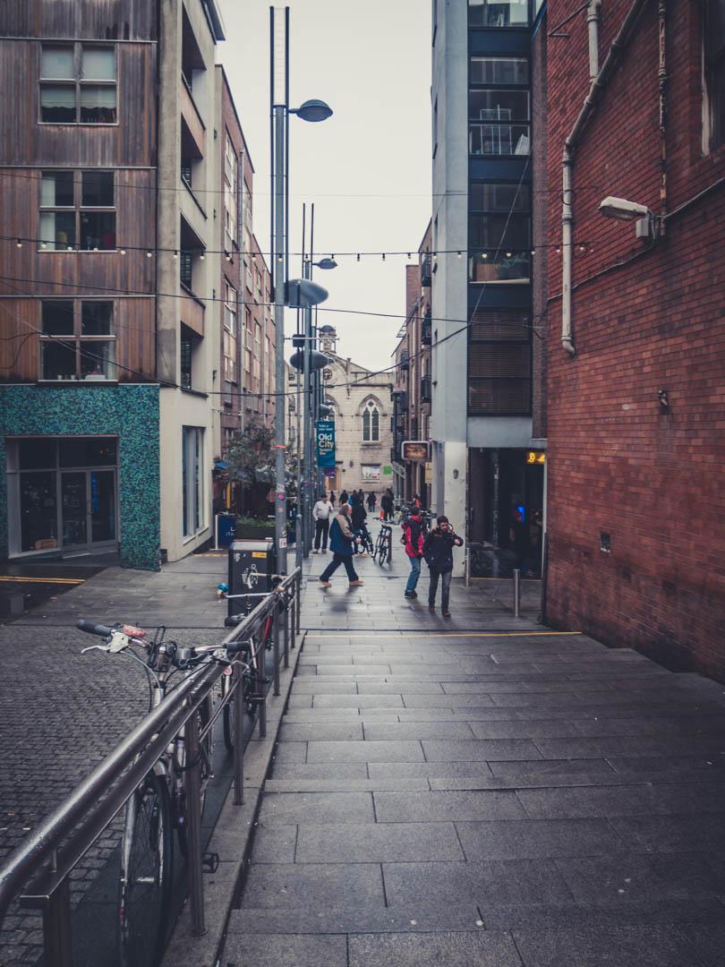 Dublin. Dublin city. street photography. ireland. travel. travel photography. photowalk. walking. people. street. art. on the street. on the street.jpg