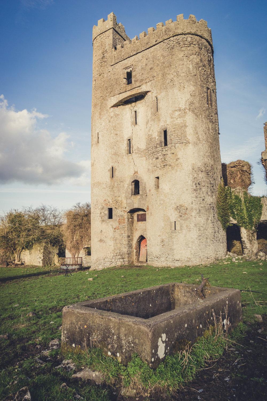 Ireland. Castle. Old castle. irish history. history. Rock of Dunamase. blue sky. rock. pathway. adventure. travel. irish counrty. Ballyadams castle.  old castle fr.jpg