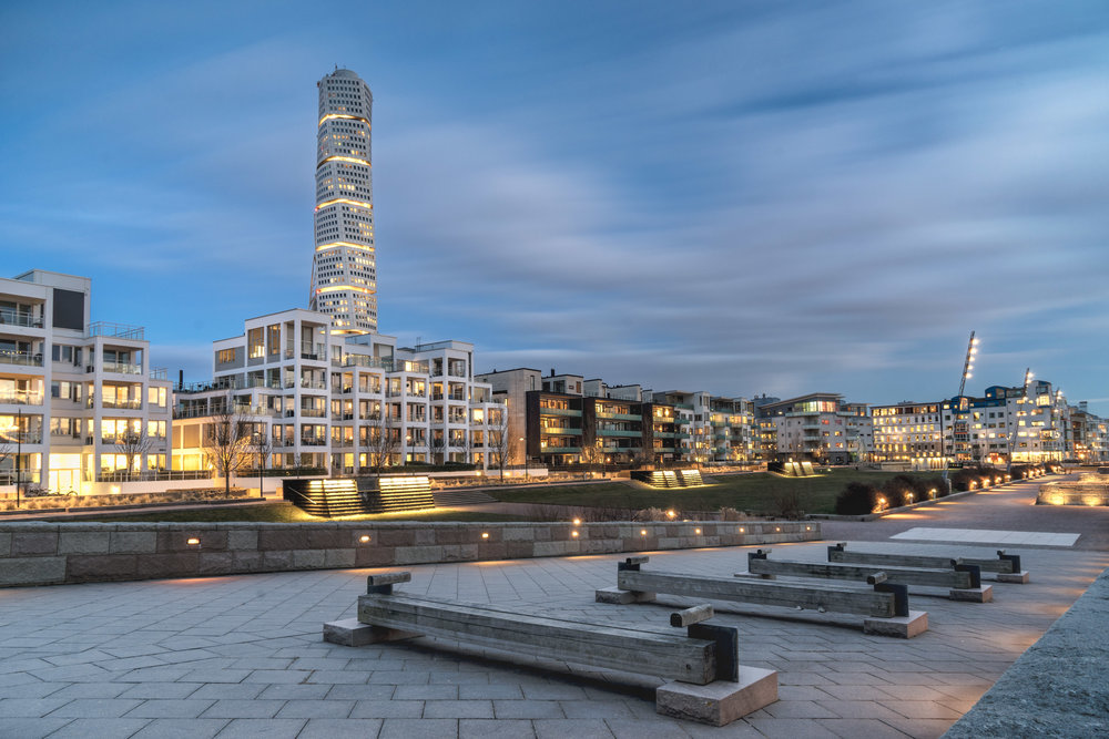 malmo. sweden. travel. scandinavia. history. viking. city. old. travel blog. palace. old town square palace. malmo blue hour. turning torso..jpg