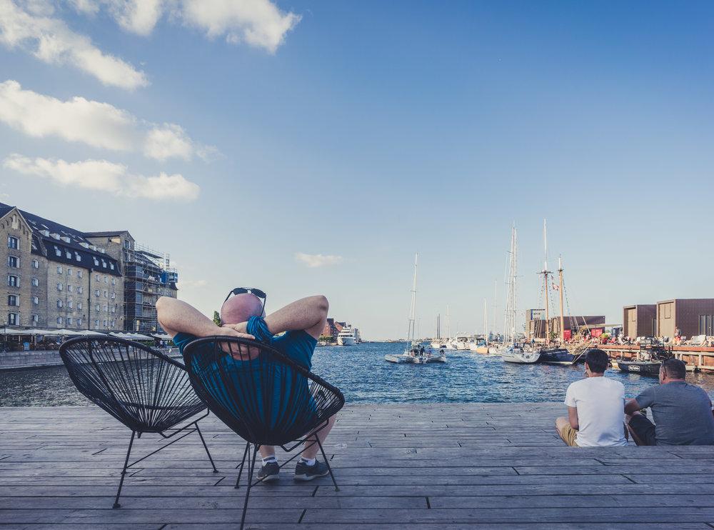copenhagen. denmark. travel. adventure. europe. scandinavia. history. travelblog. relaxing on the docks..jpg