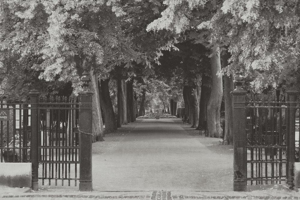 copenhagen. denmark. travel. adventure. europe. scandinavia. history. travelblog. gate to the park. the kings park.jpg