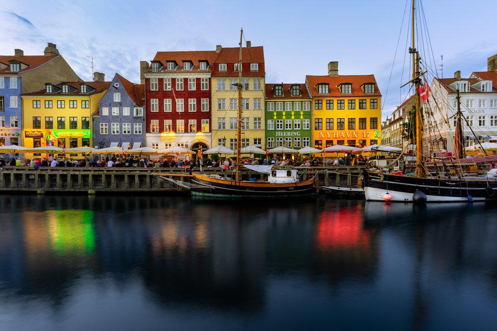 copenhagen. denmark. travel. adventure. europe. scandinavia. history. travelblog. classic view of the city. nyhavn. night view.jpg