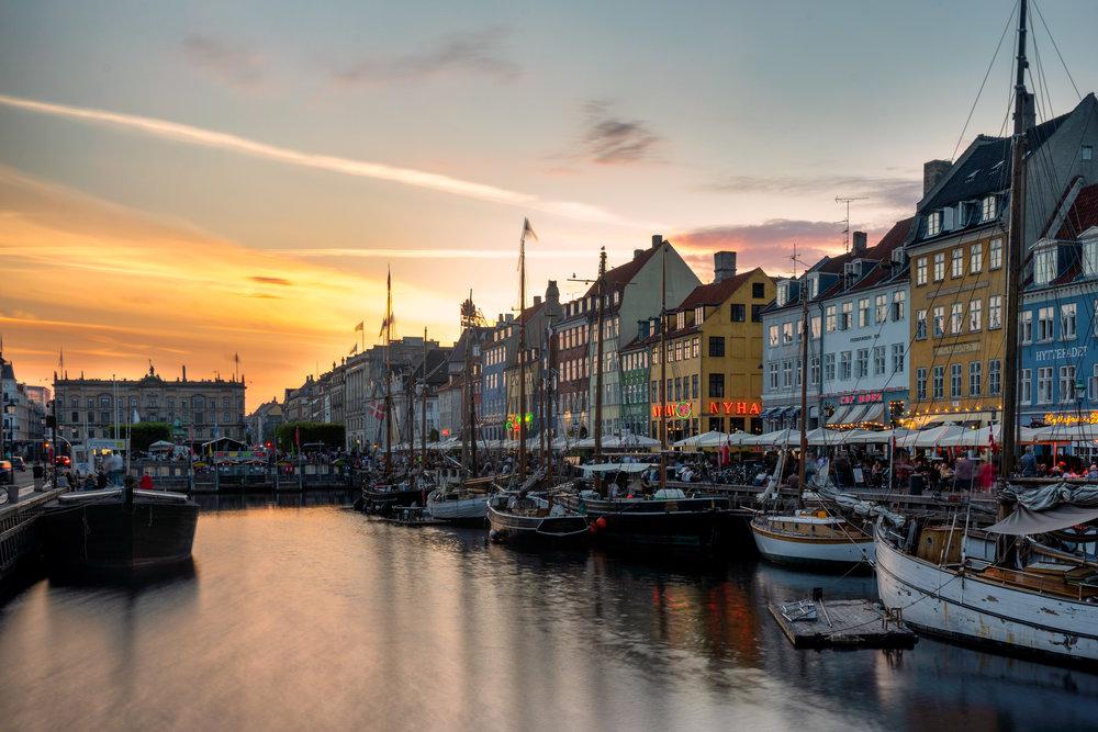 copenhagen. denmark. travel. adventure. europe. scandinavia. history. travelblog. classic view of the city. nyhavn. sunset.jpg