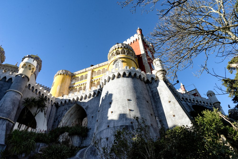 Portugal. Travel. Sintra. Sunshine. Hotel. History. view. room with a view. pena palace.  palace. town. old town. castle. castelo dos mouros. looking up.jpg