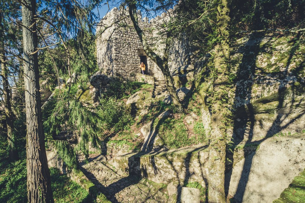 Portugal. Travel. Sintra. Sunshine. Hotel. History. view. room with a view. pena palace.  palace. town. old town. castle. castelo dos mouros.jpg