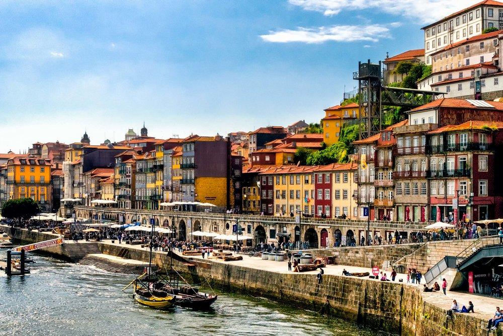 Porto. Portugal. Travel. City. poeple. wine. blog. travel blog. -24.jpg