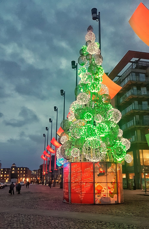 orla christmas tree