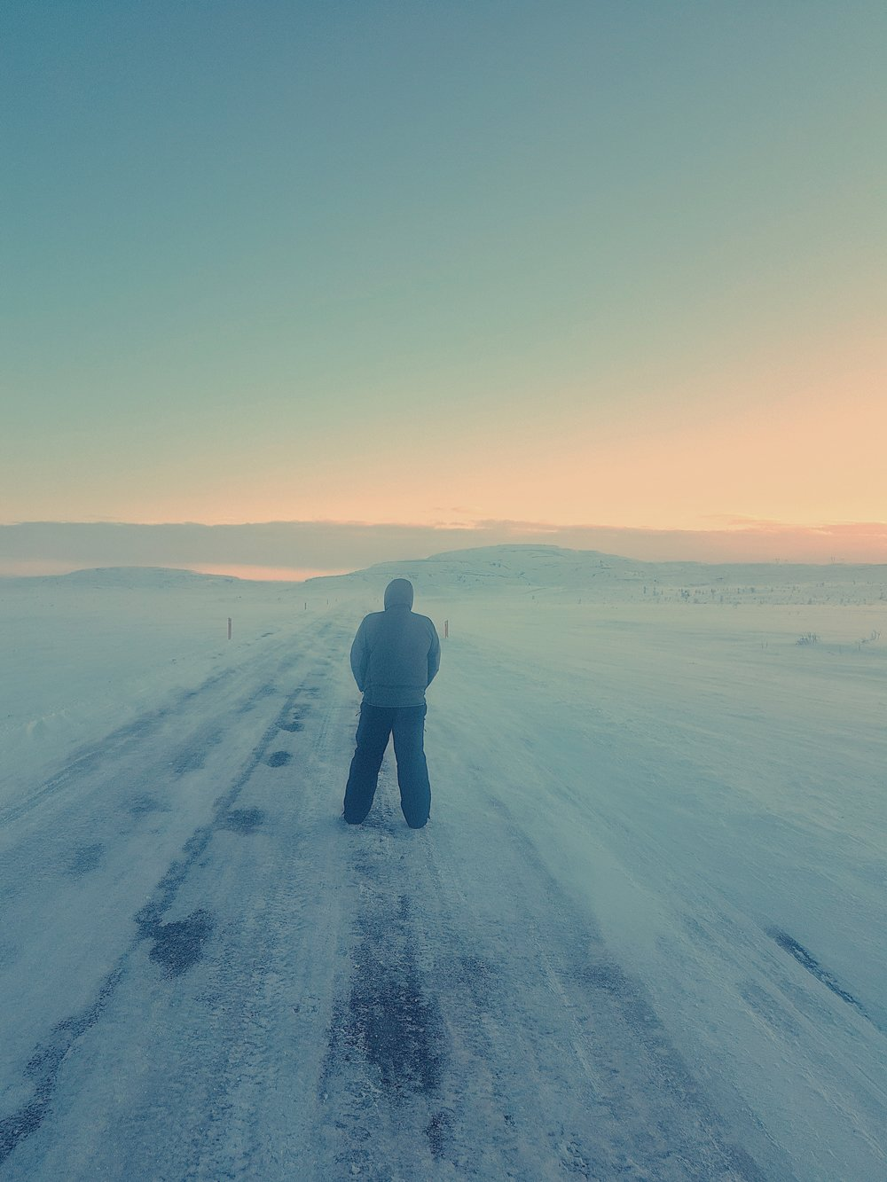 Iceland. snow. travel. adventure. photography. trip. epic landscape. snow. cold. freezing. sunrise. lonly path.jpg