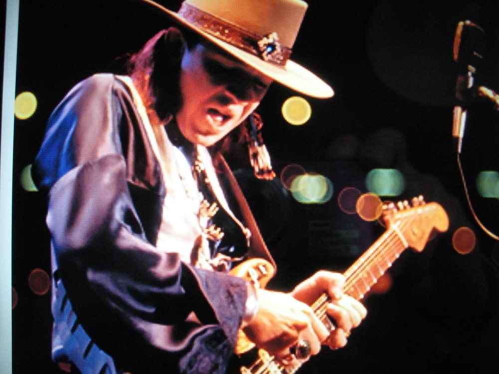 SRV 2.the man.background lighting.JPG
