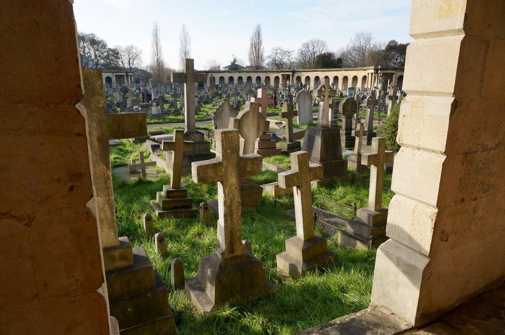 02 Brompton Cemetery.jpg