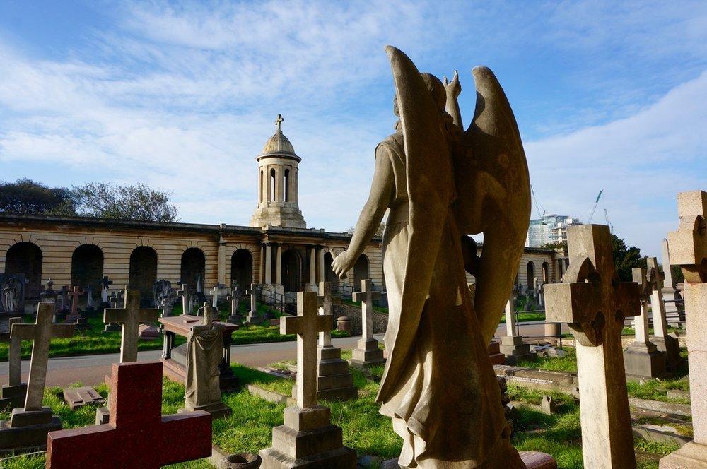 04 Brompton Cemetery.jpg