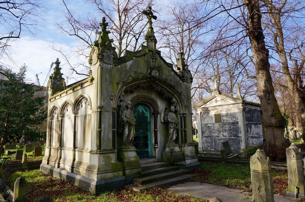 06 Brompton Cemetery.jpg