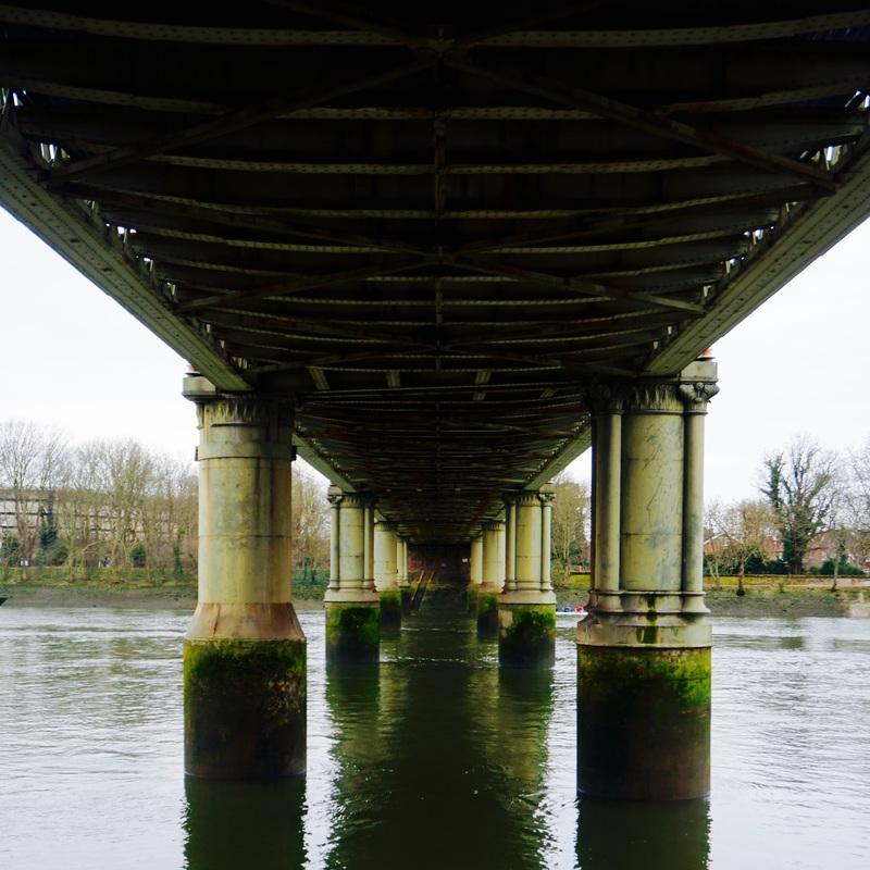 04 The Thames Path Walk 2.jpg