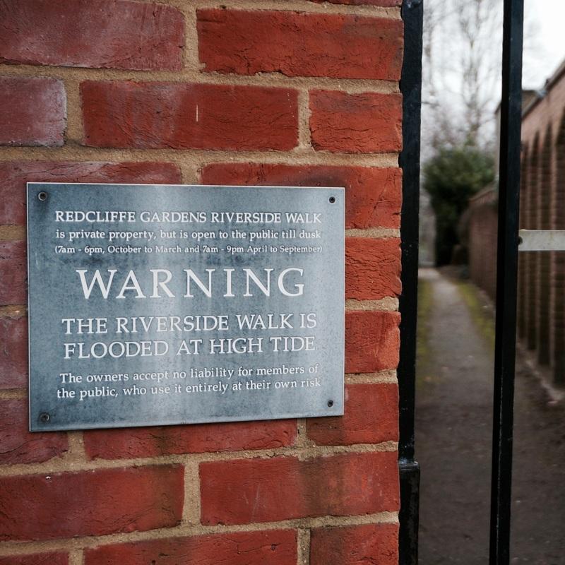 06 The Thames Path Walk 2.jpg