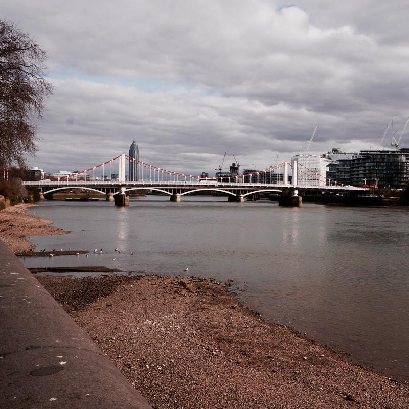 24 The Thames Path Walk 2.jpg