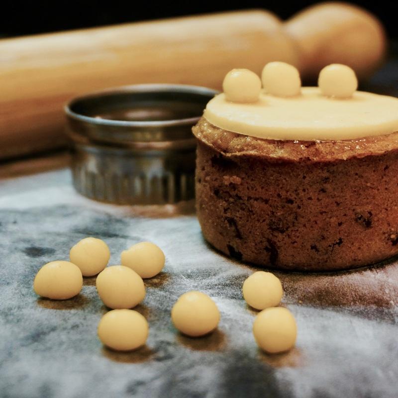 02 Simnel Cake.jpg