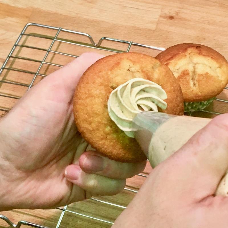 apple-crumble-cupcakes-5_orig.jpg