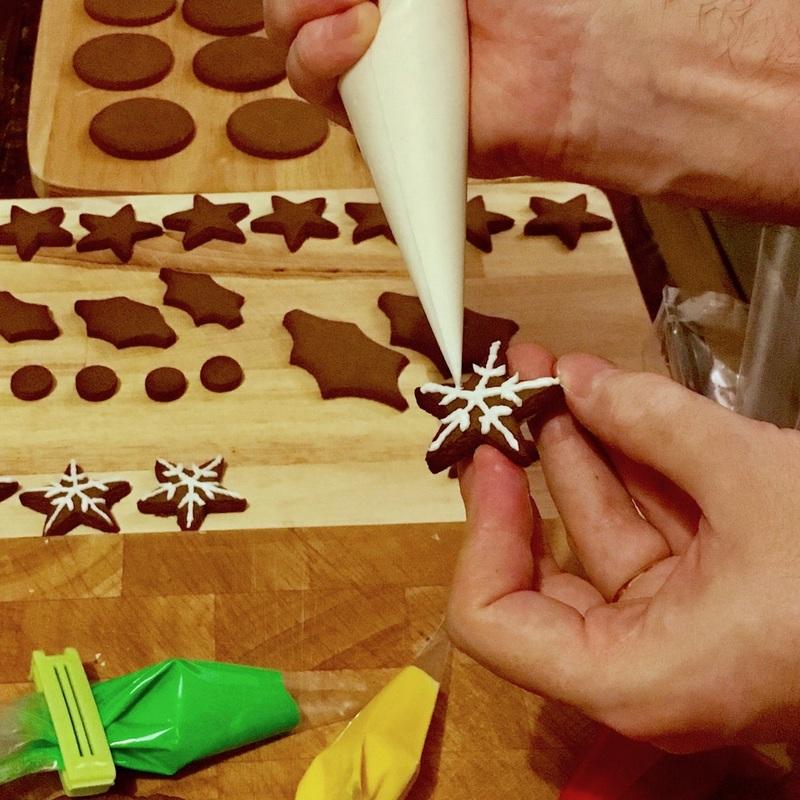gingerbread-christmas-wreath-2_orig.jpg
