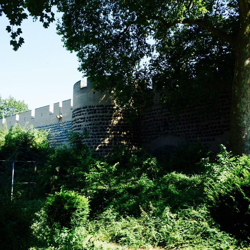 10 Cologne City Walls.jpg