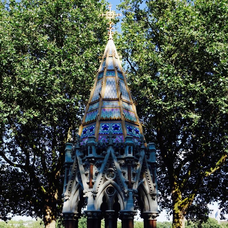 03 Victoria Tower Gardens.jpg