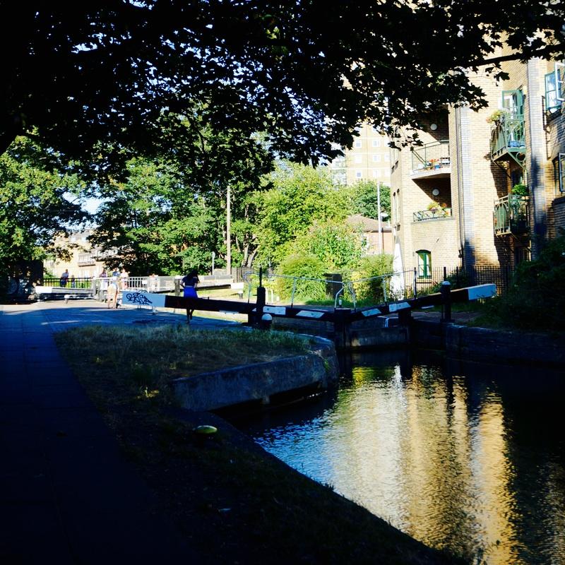 08 Hertford Union Canal.jpg