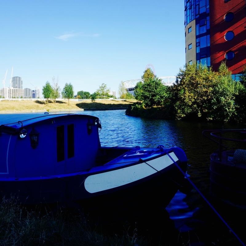 15 Hertford Union Canal.jpg