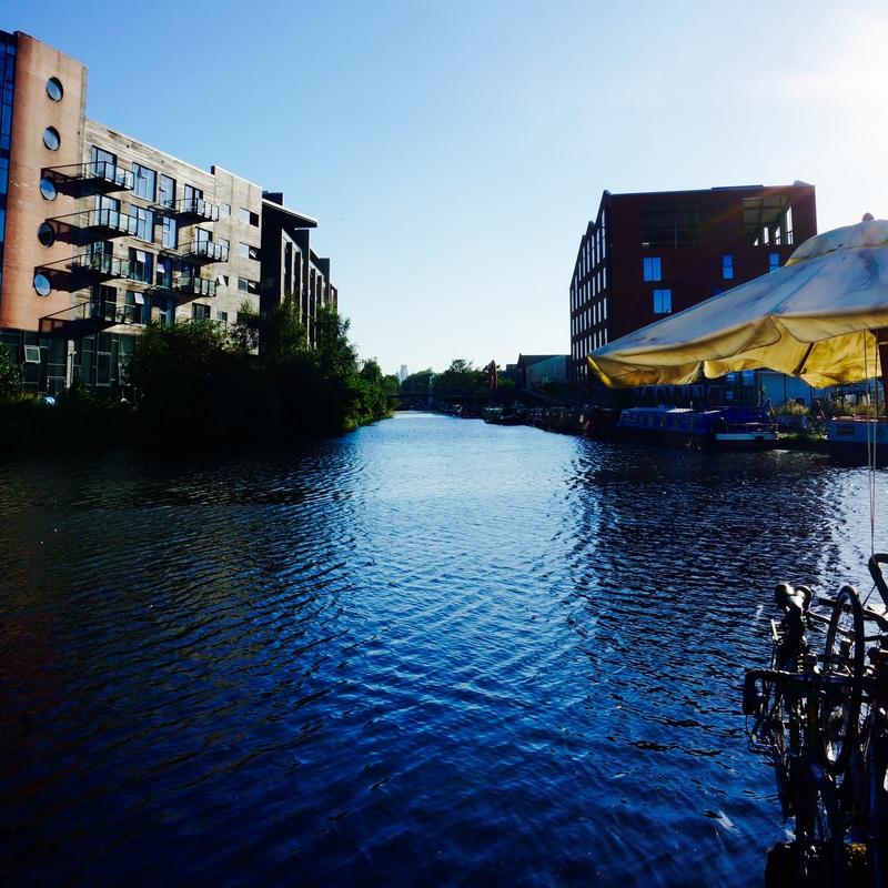 16 Hertford Union Canal.jpg