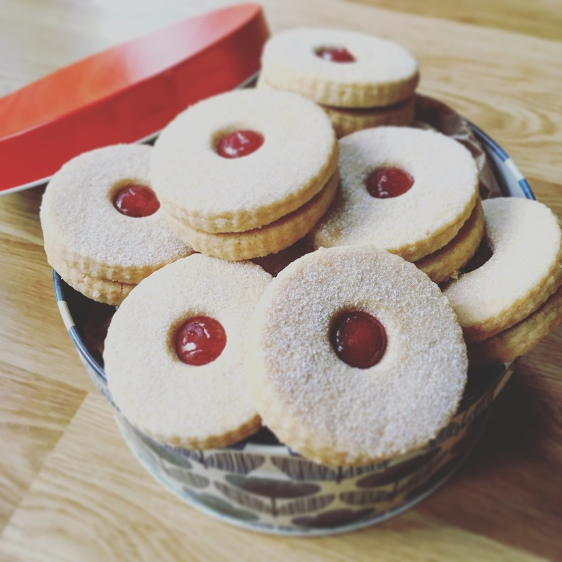 jammie-biscuits-3_orig.jpg