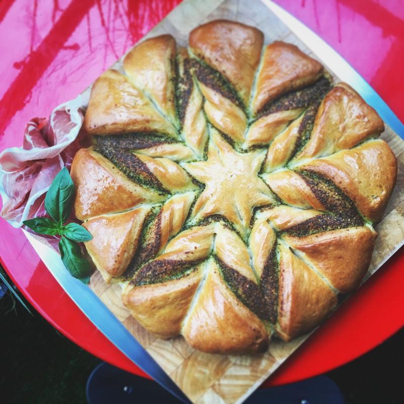 pesto-star-bread-6_orig.jpg
