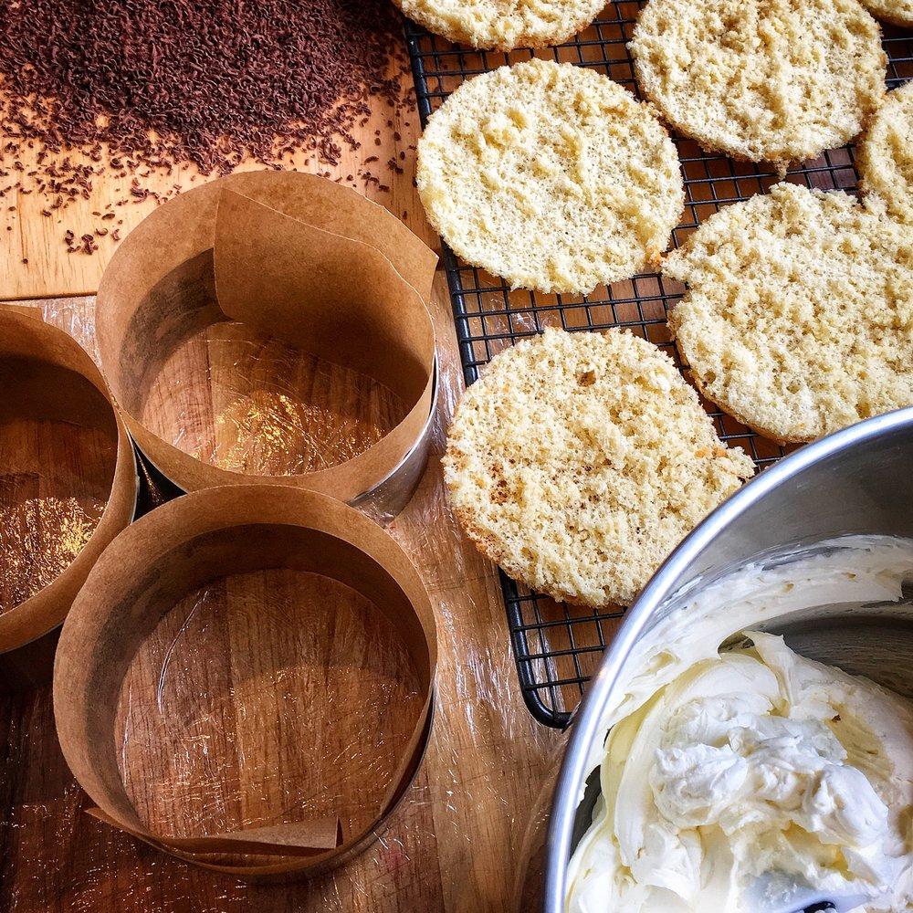 Tiramisu Cake 03.jpg