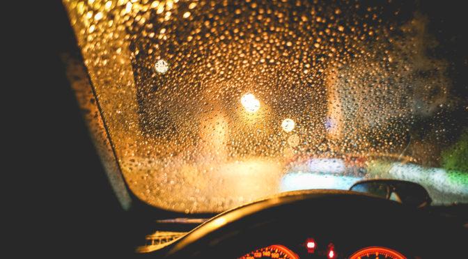 rainy-view-from-the-car-at-night-picjumbo-com-672x372.jpg