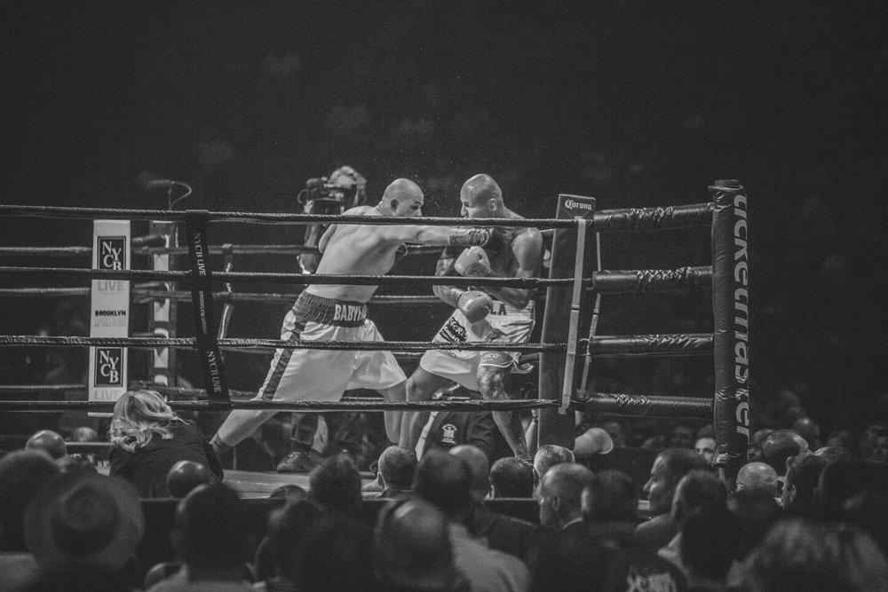 Adam Kownacki vs Artur Szpilka - Nassau Colliseum Boxing NYC photgraphy Sylwek Wosko DigitalReflectionStudio (27).jpg