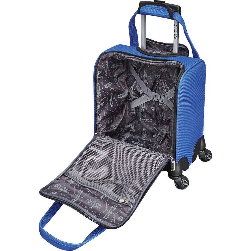 American Tourister Underseater2.jpg